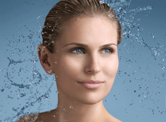 Eliminación de arrugas dinámicas de expresión de frente, entrecejo y patas de gallo